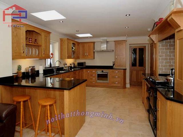 Tủ bếp gỗ Veneer sồi đỏ