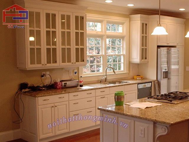 Tủ bếp gỗ sồi Mỹ tự nhiên