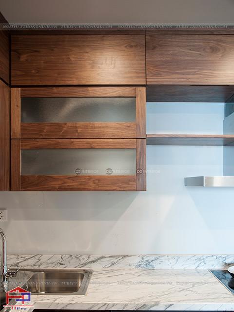 Bảo quản tủ bếp gỗ óc chó