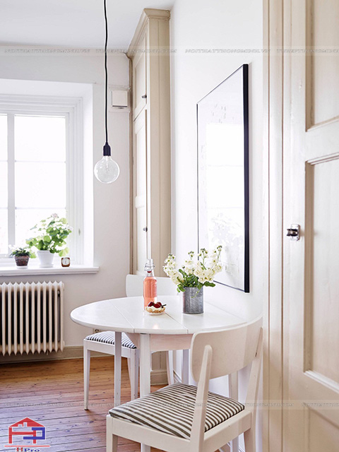 Mẫu bàn ăn cho nhà bếp nhỏ hình tròn tiết kiệm được tối đa không gian diện tích cho gia đình