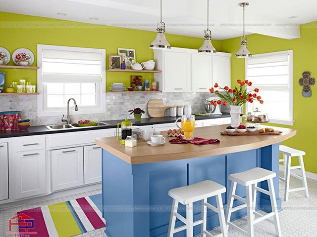 Hình ảnh không gian bếp đẹp với sự kết hợp màu sắc ấn tượng, trẻ trung và cực kì bắt mắt- chắc chắn chị em nội trợ nào cũng mê