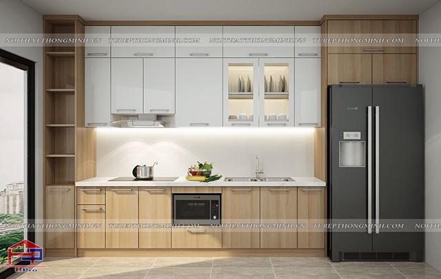 Mẫu tủ bếp cho phòng bếp nhỏ được thiết kế theo kiểu dáng chữ I và bố trí kịch trần giúp tận dụng tối đa không gian
